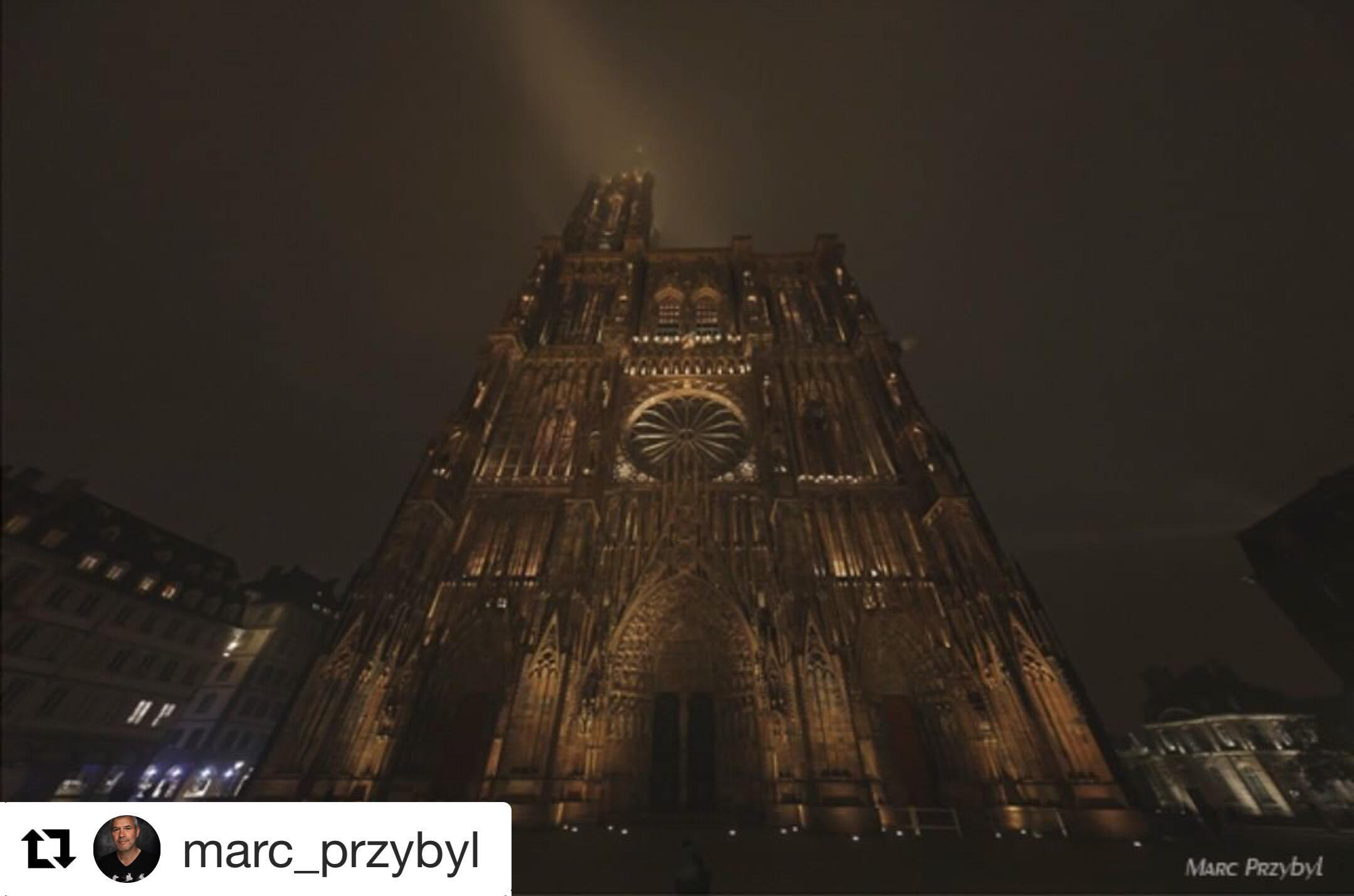 cathedrale de nuit-min