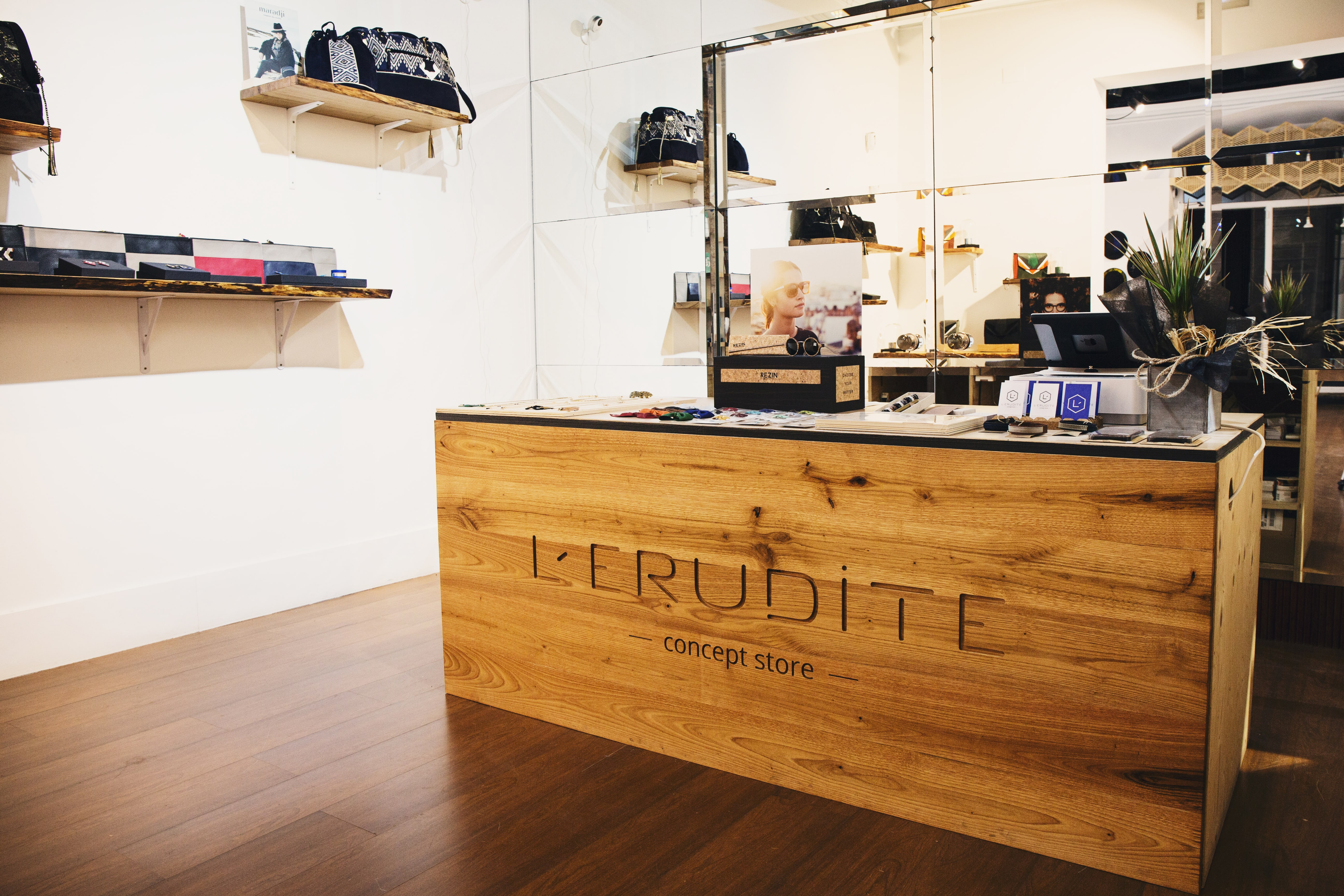 Developpement de la marque lerudite concept store